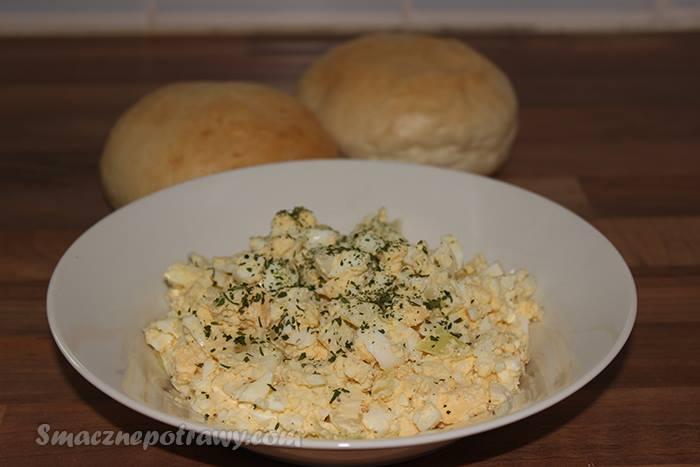 Pasta z jajek i cebuli
