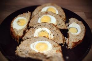 Rolada z mięsa mielonego i jajek