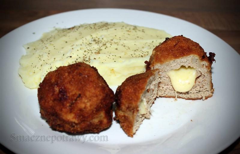 Kotlety mielone z żółtym serem