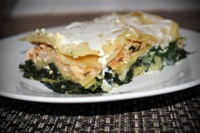Lasagne z łososiem, szpinakiem i serem